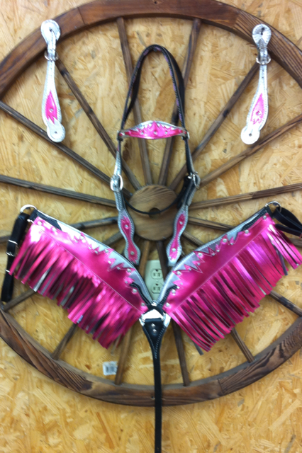 Custom Breast Collars, Heas Stalls & Spur Straps