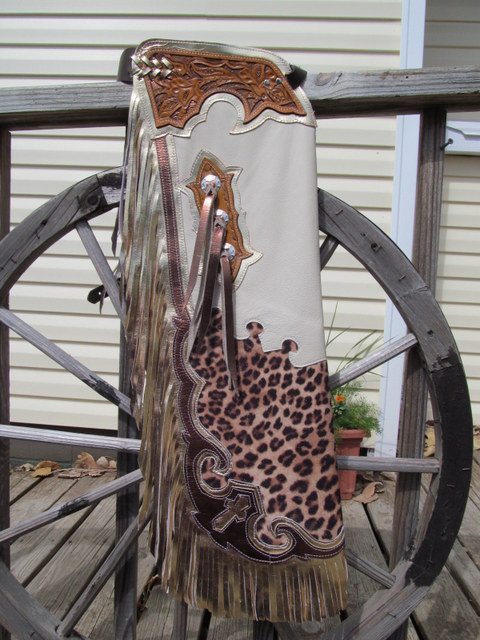 TOOLED STEER RIDING CHAPS